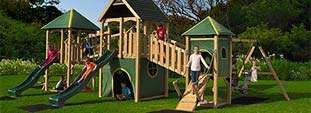 Widebeast wooden play centre
